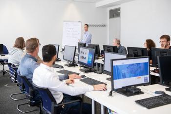 Teilnehmergruppe für online QlikView Fortgeschrittene Schulung im Seminarzentrum